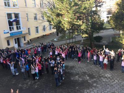 Ден на розовата Фланелка - Национална професионална гимназия по ветеринарна медицина Проф. д-р Д. Димов - Ловеч